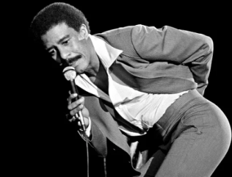 """Richard Pryor's Widow Confirms That He And Marlon Brando Were More Than Just Friends: """"It Was The '70s! Drugs Were Still Good"""""""