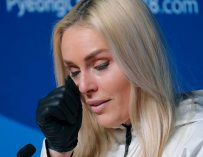 Lindsey Vonn Fails to Medal and Gets A Political Backlash on Social Media.  Lindsey's Response Is So Inspirational, You will Love Her Even More!