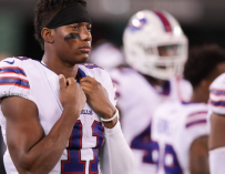 "What In The World: Buffalo Bills WR Zay Jones Arrested After Losing His Mind Inside Apartment Building, Video Shows Him Completely Naked And Yelling, ""I'M GOING TO FIGHT FOR JESUS"" (VIDEO)"