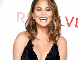 Chrissy Teigen Is Getting Slammed On Twitter After Telling Her Daughter To Kiss A Dangerous Bug (VIDEO)