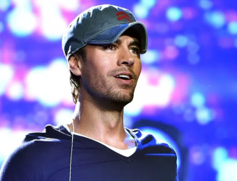 What Would Anna Kournikova Say About This? Enrique Iglesias Kisses Fan Several Times During Concert In Ukraine (VIDEO)