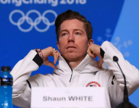 Olympian Shaun White Is Getting Dragged Online For His 'Simple Jack' Halloween Costume (PHOTO)