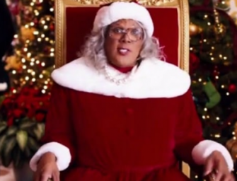 Tyler Perry Makes The Christmas Season A Lot Brighter For Several Families, Drops Over $400k At Walmart!