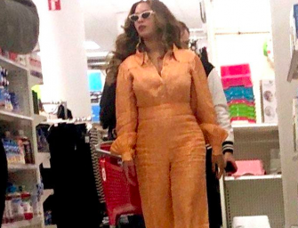 Beyonce Is Just Like You, Fan Snaps Photo Of Queen Bey Shopping At Target! (PHOTO)