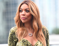 Wendy Williams Cries And Is An Overall Hot Mess While Talking About Broken Family To Paparazzo (VIDEO)