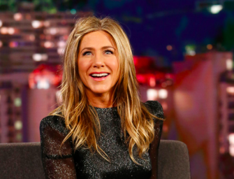 Jennifer Aniston Finally Joins Instagram, And Her First Photo Features The Entire 'Friends' Cast