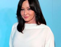 '90210' Star Shannen Doherty Reveals She Has Stage IV Breast Cancer, Three Years After Entering Remission
