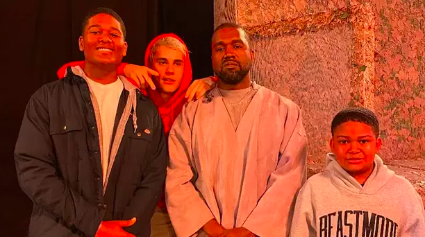 Justin Bieber Gets Emotional While Singing 'Never Would Have Made It' During Kanye West's Sunday Service