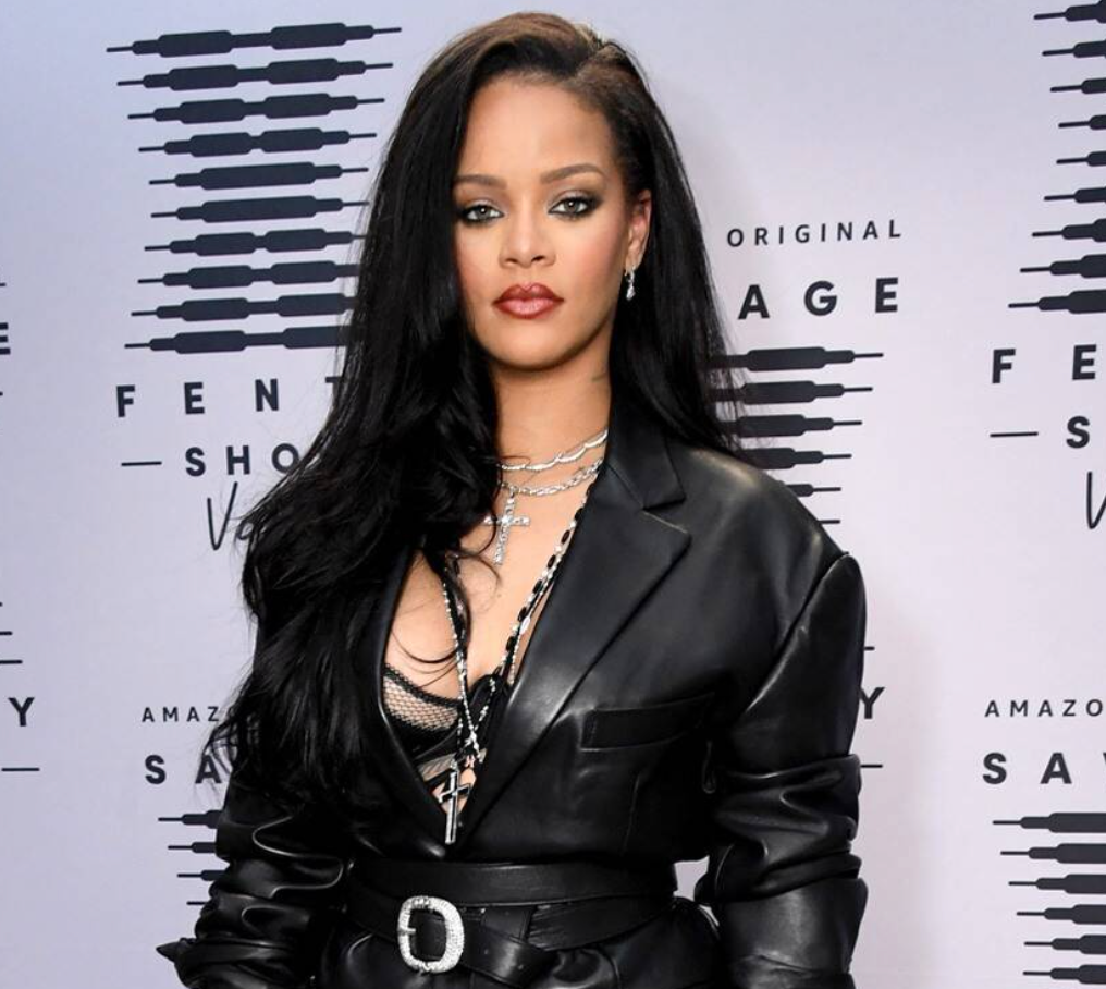 It's Official! Rihanna Is Now A Billionaire, According To Forbes!
