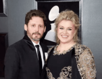 Kelly Clarkson Sells Home She Once Shared With Husband For A Cool $8.24 Million (PHOTOS)